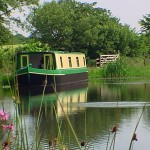 Self-catering Houseboat